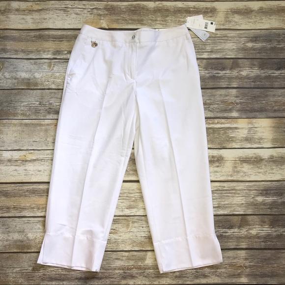 e06bdfae31f Liz Golf Audra Cropped Pants sz 8 NEW. NWT. Liz Claiborne